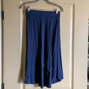 Navy Max Studio soft high low skirt
